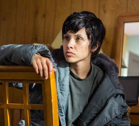 Jeanette Samano como el personaje Isa Reyes en la película Reversion de Fluency Studios.