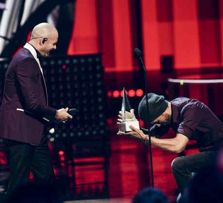 Pitbull LifeTime Achievement Award 2017