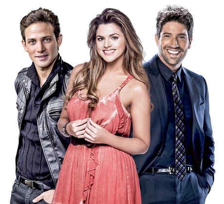 Gabriel Coronel, David Chocarro e Isabella castillo en los Premios Bilolboard 2015
