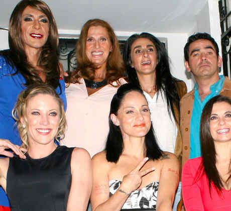 Bárbara Torres, Abraham Ramos, Andrea Noli, Lolita Cortés, Yolanda Ventura y Charly Ex Garibaldi