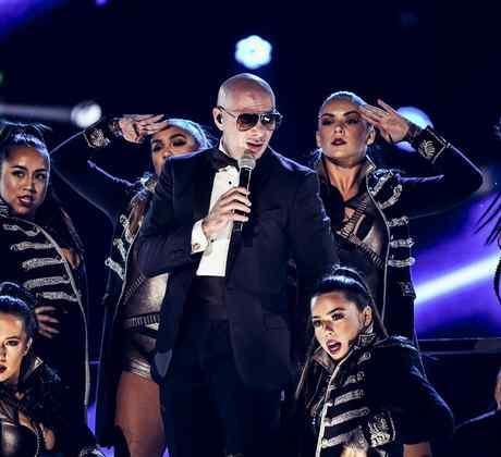 Pitbull - Latin American Music Awards 2016
