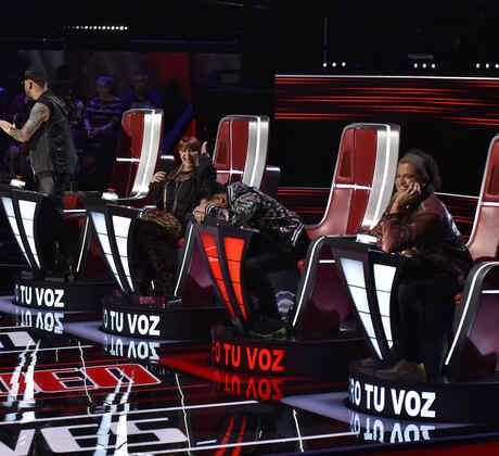 Wisin bloquea a Luis Fonsi en La Voz US 2