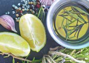 aceite oliva limon hierbas