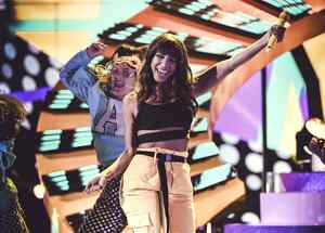 Anitta en los Latin AMAs 2018