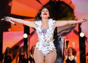 Jennifer Lopez en el iHeartRadio Fiesta Latina 2015