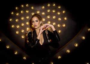 Carmen Aub en iHeartRadio Fiesta Latina 2016