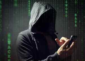 Hacker con teléfono