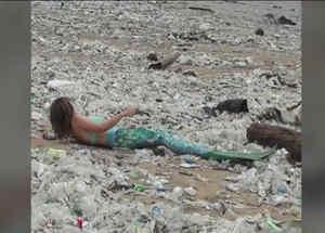 Sirena sobre plástico