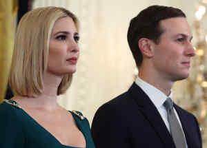 Ivanka Trump y esposo