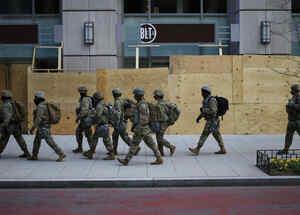 Negocios y edificios en Washington cerrados en el Día de la Inauguración del gobierno de Joe Biden