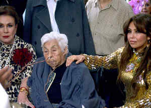 Laura Zapata y Thalía con su abuela Eva Mange