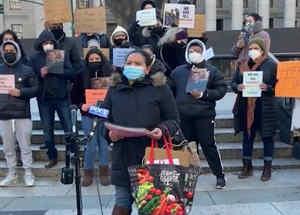 Familias protestan contra deportación en EEUU