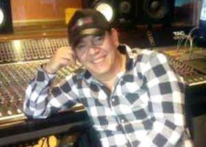 Cantante Jimmy Cruz de Zona Rika