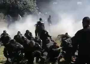 Rocían gas lacrimógeno a policías municipales en Tlaxcala