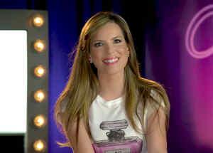 Maritza Rodríguez sonriendo en entrevista sobre Celia Cruz
