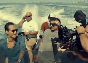 """Marc Anthony en el video """"Traidora"""""""