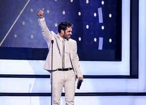 Lincoln Palomeque gana Premios Tu Mundo 2016