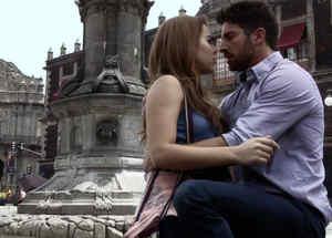 Momentos de novela, David Chocarro, Danna Paola, La doña