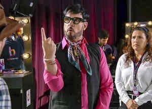 Miguel Varoni, El Director, molesto, La Fan