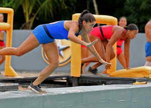 Denisse se tira clavado en circuito amarillo