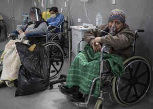 Pacientes en un centro de asistencia en Lima, Perú.