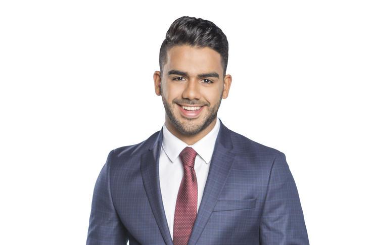 Carlos Adyan de Telemundo