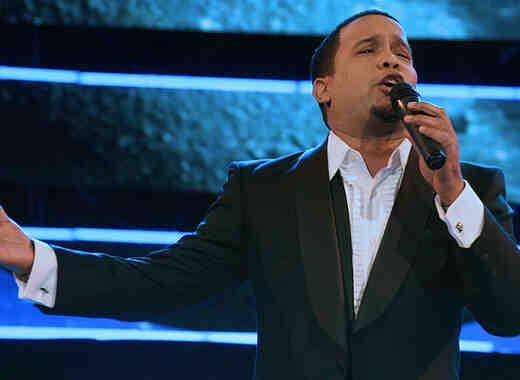 """Héctor """"El Torito"""" Acosta festeja en un Spa de NY su nominación a Premios Tu Mundo 2017"""