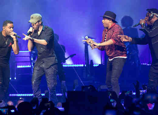 Enrique Iglesias ft. Descemer Bueno, Zion & Lennox