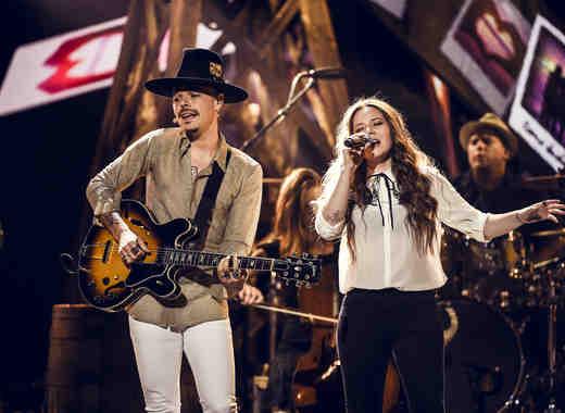 Jesse y Joy en los Latin American Music Awards
